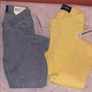 (2) pairs of Old Navy Skinny Jeans Pants Toddler